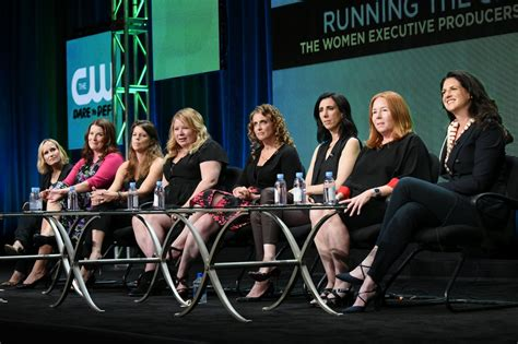 Study: Woman exec producers increase female hires in TV
