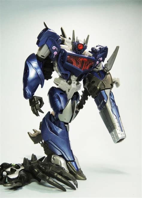 New Transformers Go! Images of Optimus Prime and Shockwave